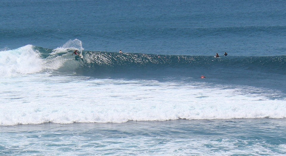 Our neighbor doing a top turn at Uluwatu