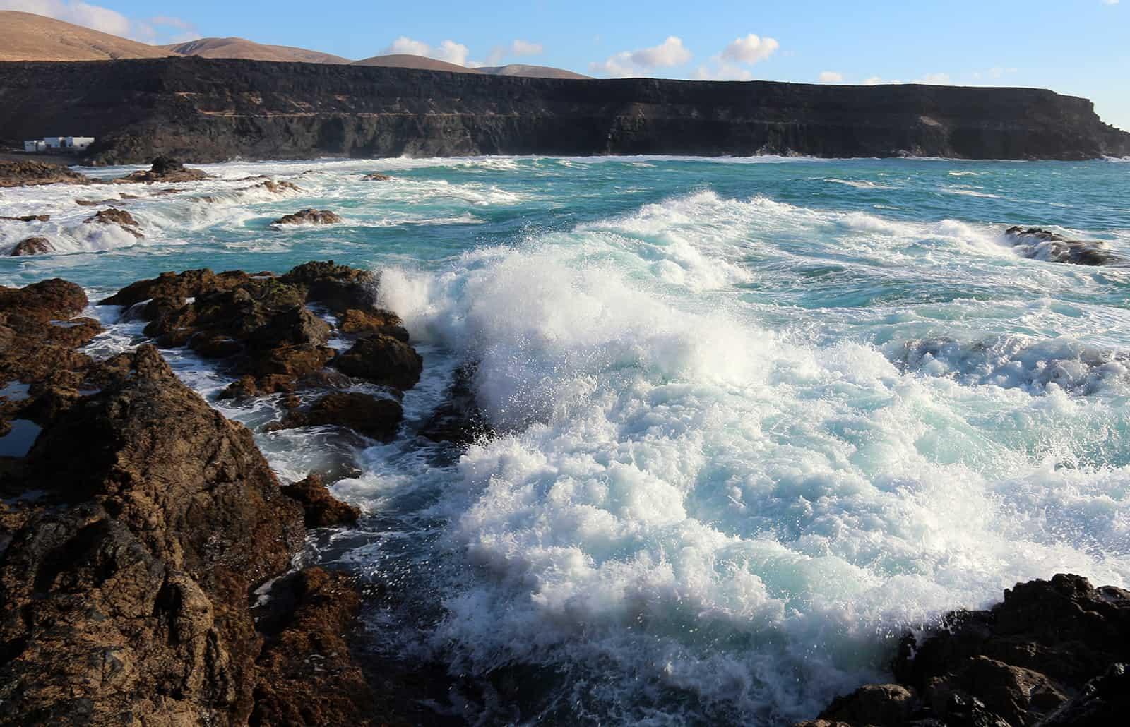 Sea and rocks.