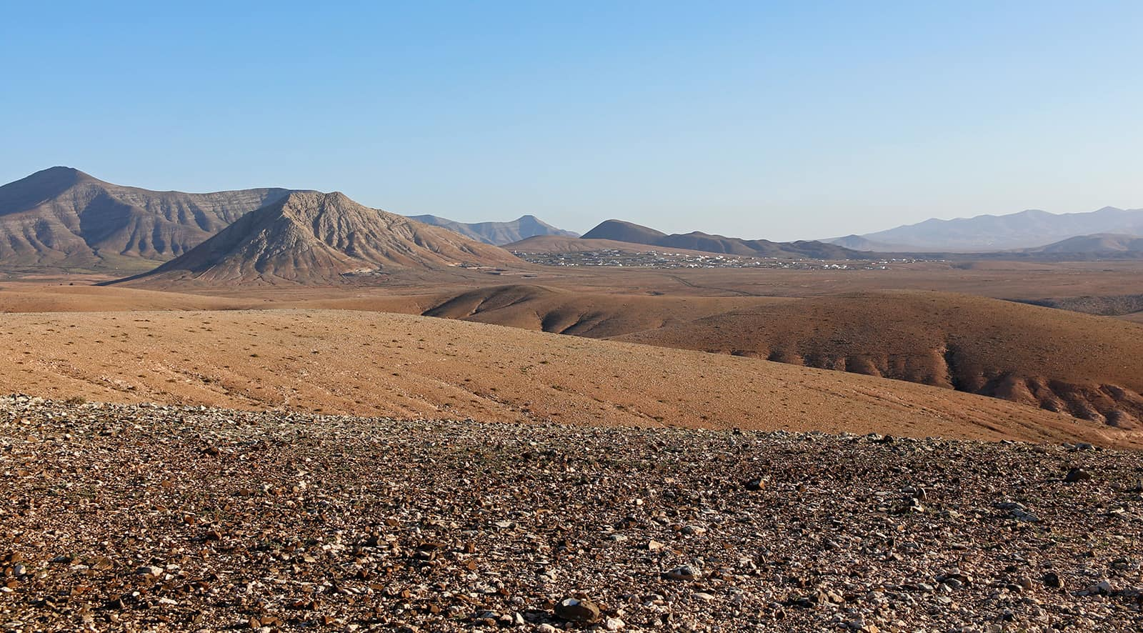 This is on the way back from the canyon but this is also how 99% of Fuerteventura looks like.